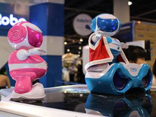 萌物出没:CES 2014最萌机器人