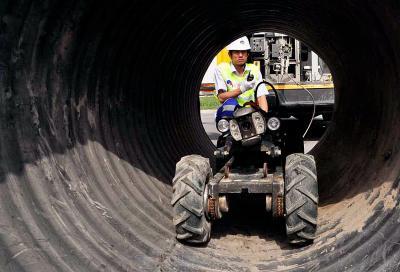 管道机器人解决城市排水系统的问题